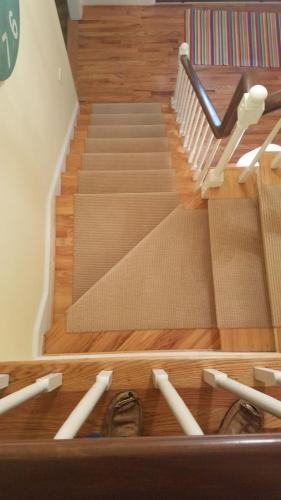 Baughan install pic binding on stairs pic 2