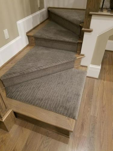 Pattern carpet steps NICE INSTALL2