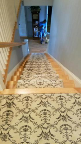Pattern carpet steps NICE INSTALL5