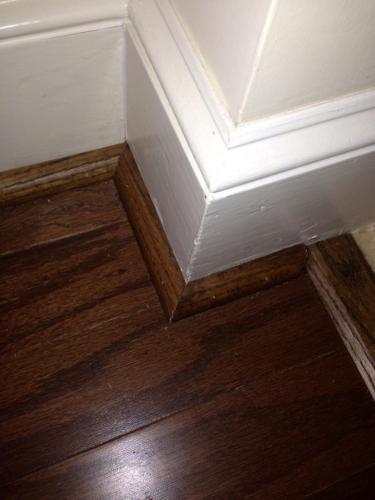wood flooring pic at stair way mitre corner