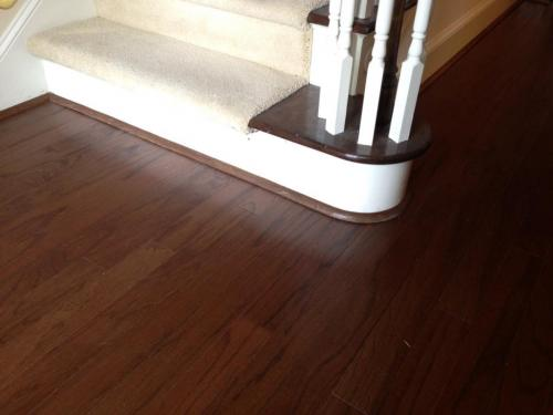 wood flooring pic at stair way round mldg